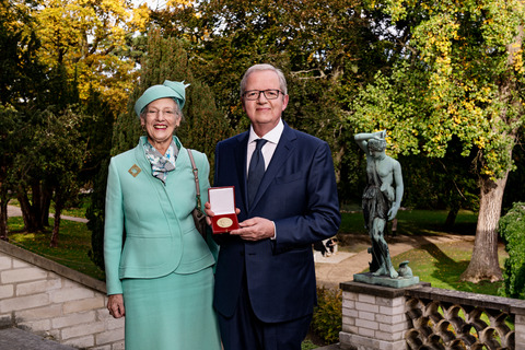 One of the world's leading researchers on catalysis, Prof. Jens Kehlet Nørskov from the Technical University of Denmark (DTU), received the Niels Bohr International Gold Medal today. The medal was presented by HM Queen Margrethe at a special event at the Carlsberg Academy in Copenhagenwas and it was founded by the Danish Society of Engineers, IDA. (Photo: Lars Svankjær)